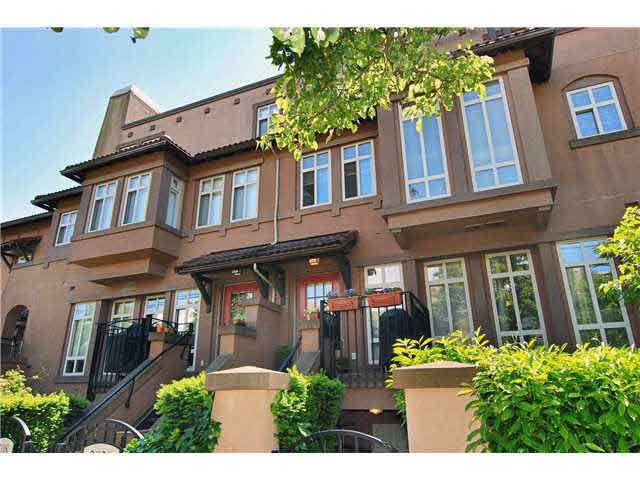 Main Photo: 3020 W 4TH AVENUE in : Kitsilano Townhouse for sale : MLS®# V836161