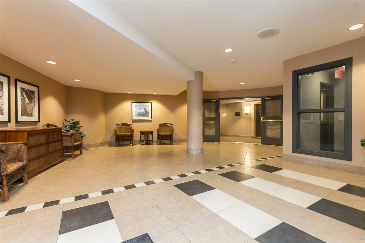 "Photo 3: Photos: 316 2700 MCCALLUM Road in Abbotsford: Central Abbotsford Condo for sale in ""The Seasons"" : MLS®# R2088623"
