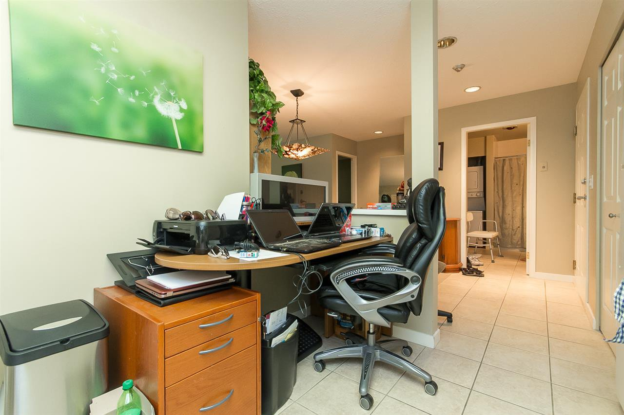 "Photo 6: Photos: 316 2700 MCCALLUM Road in Abbotsford: Central Abbotsford Condo for sale in ""The Seasons"" : MLS®# R2088623"