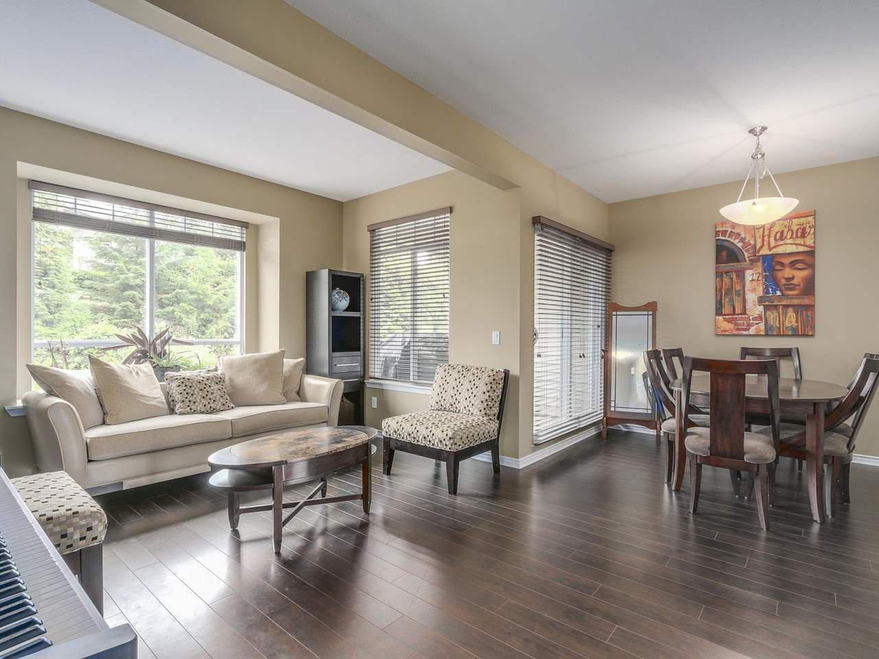 "Photo 3: Photos: 2 23233 KANAKA Way in Maple Ridge: Cottonwood MR Townhouse for sale in ""RIVERWOOD"" : MLS®# R2112549"