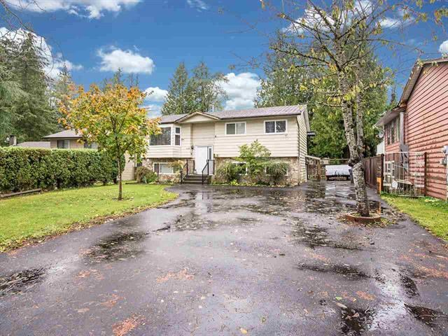 Main Photo: 9127 146A Street in Surrey: Bear Creek Green Timbers House for sale : MLS®# R2147099
