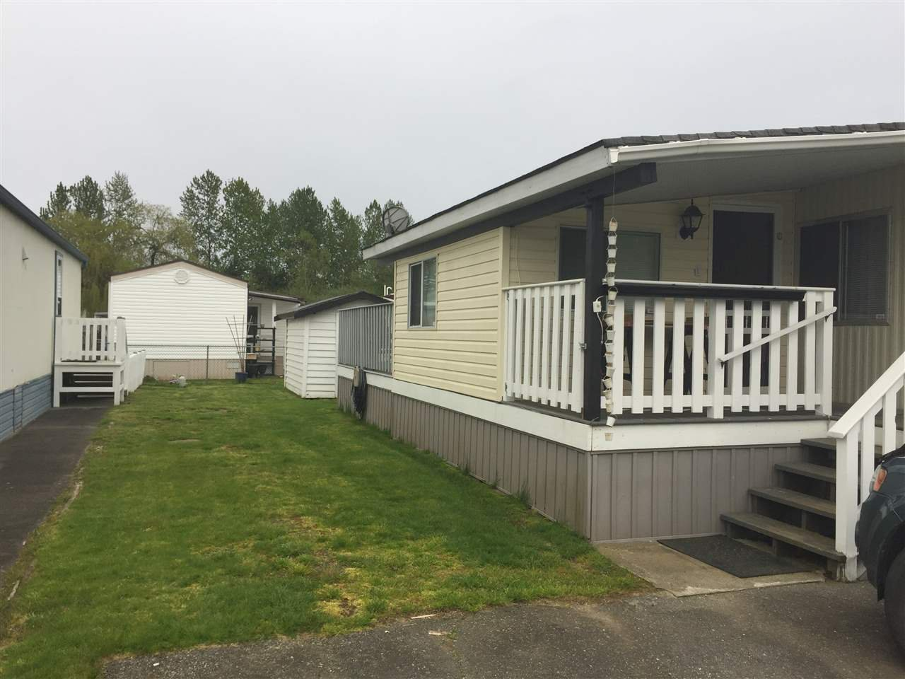 """Photo 5: Photos: 107 3300 HORN Street in Abbotsford: Central Abbotsford Manufactured Home for sale in """"Georgian Park"""" : MLS®# R2162329"""