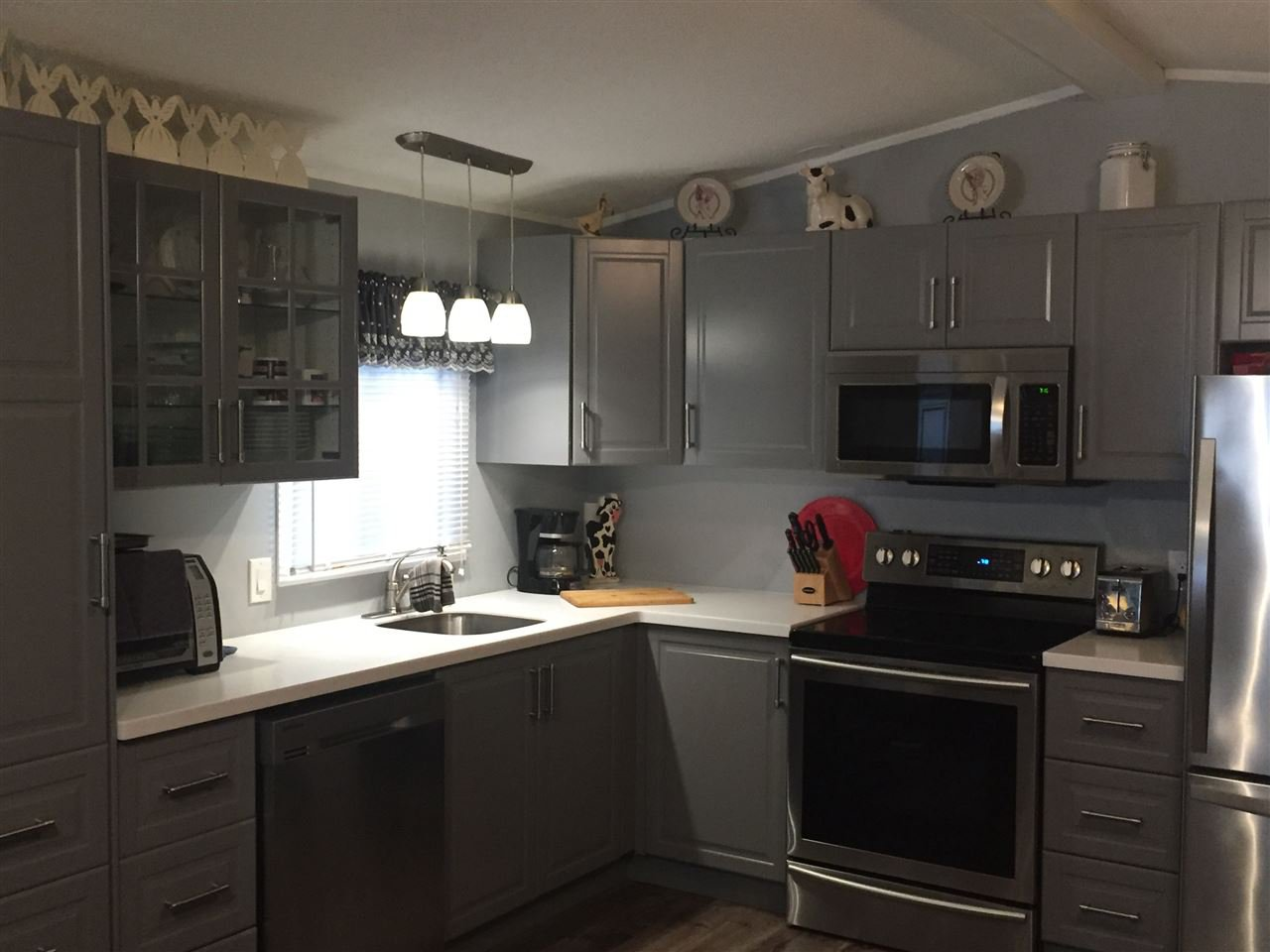 """Photo 8: Photos: 107 3300 HORN Street in Abbotsford: Central Abbotsford Manufactured Home for sale in """"Georgian Park"""" : MLS®# R2162329"""