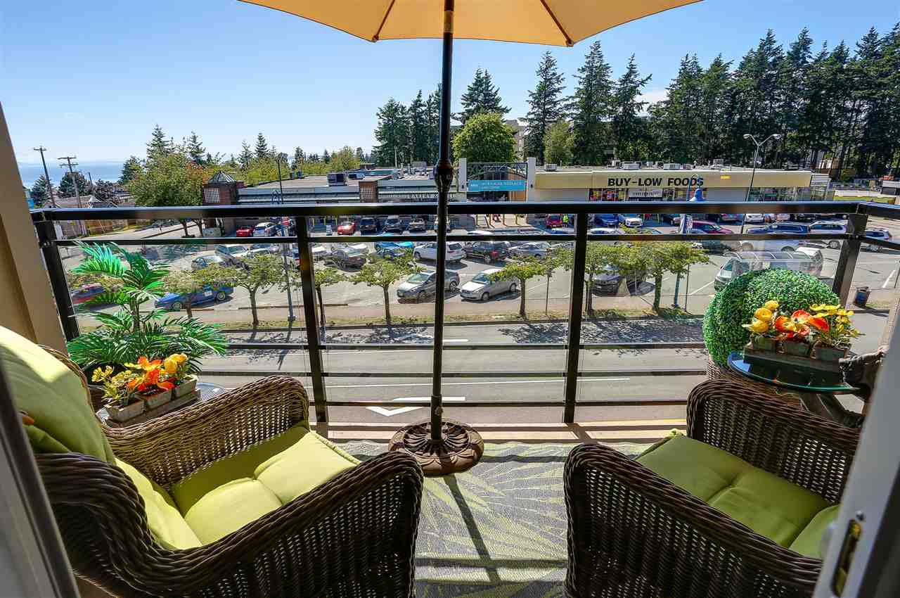 """Photo 8: Photos: 309 1420 JOHNSTON Road: White Rock Condo for sale in """"SALTAIRE"""" (South Surrey White Rock)  : MLS®# R2192955"""