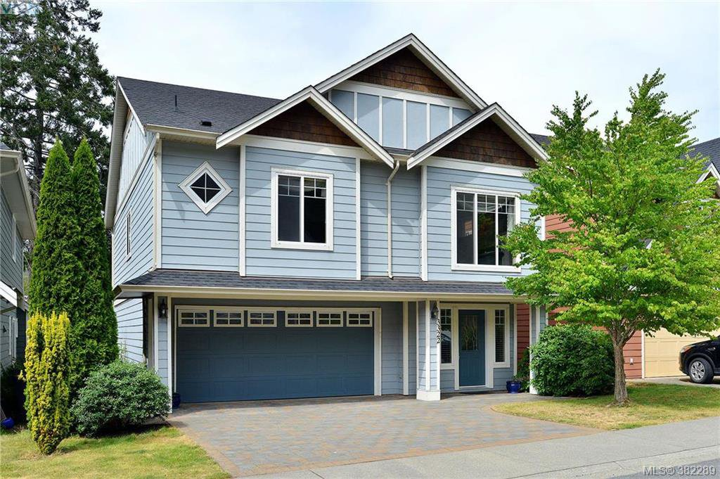 Main Photo: 3322 Blueberry Lane in VICTORIA: La Happy Valley Single Family Detached for sale (Langford)  : MLS®# 382289