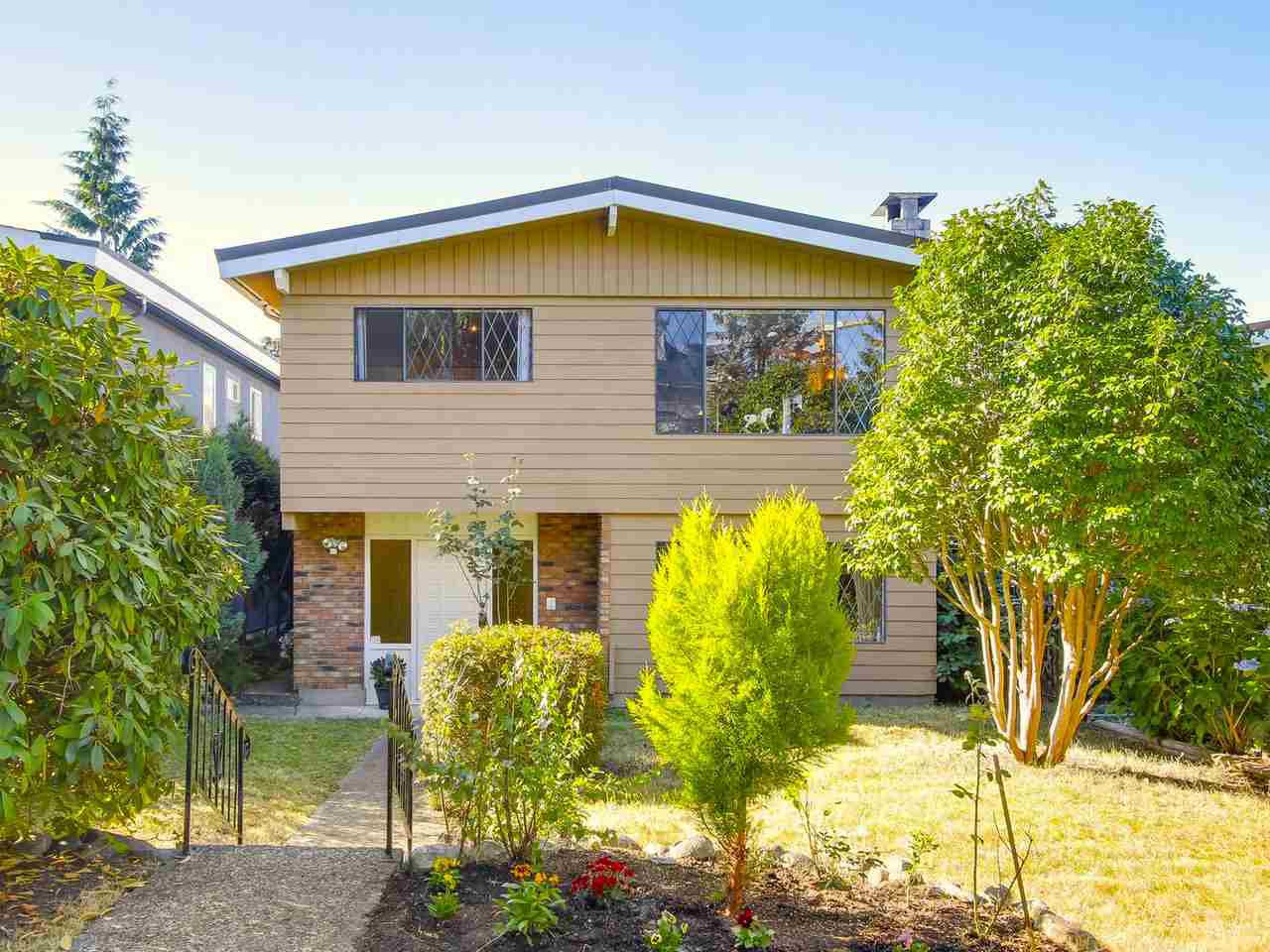 Main Photo: 3576 W 31ST Avenue in Vancouver: Dunbar House for sale (Vancouver West)  : MLS®# R2199102