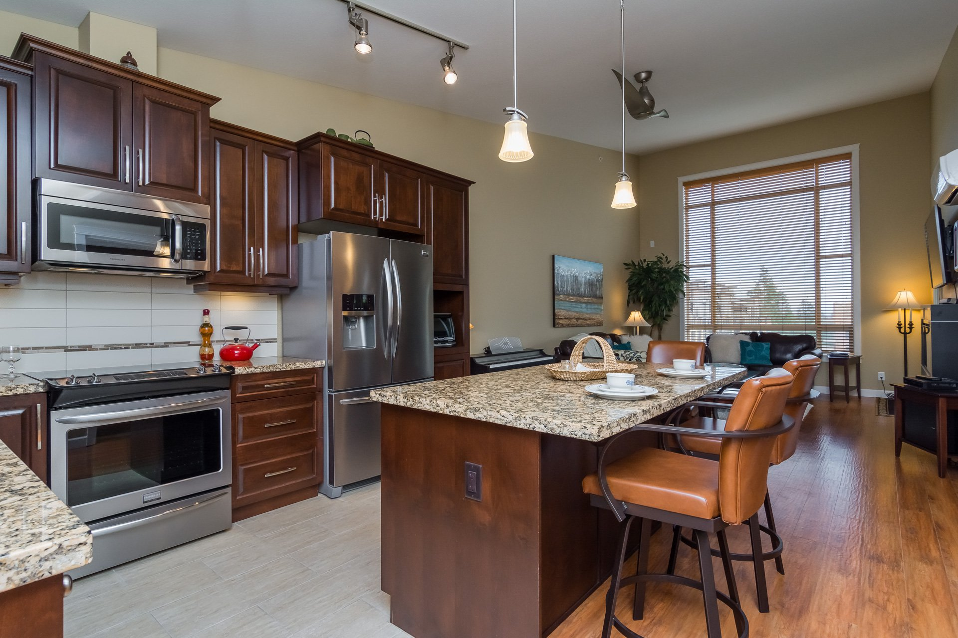 "Photo 18: Photos: 509 8258 207A Street in Langley: Willoughby Heights Condo for sale in ""YORKSON CREEK (BLG A)"" : MLS®# R2221052"