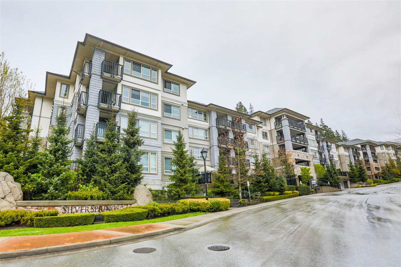 "Main Photo: 105 2951 SILVER SPRINGS Boulevard in Coquitlam: Westwood Plateau Condo for sale in ""SILVER SPRINGS"" : MLS®# R2254790"