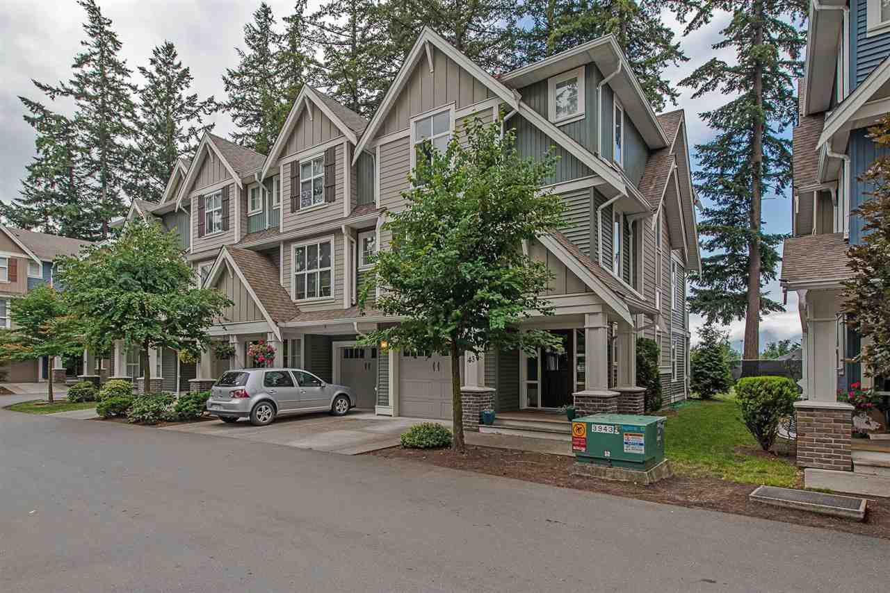 """Main Photo: 43 5837 SAPPERS Way in Sardis: Vedder S Watson-Promontory Townhouse for sale in """"Garrison Crossing - The Woods"""" : MLS®# R2290540"""