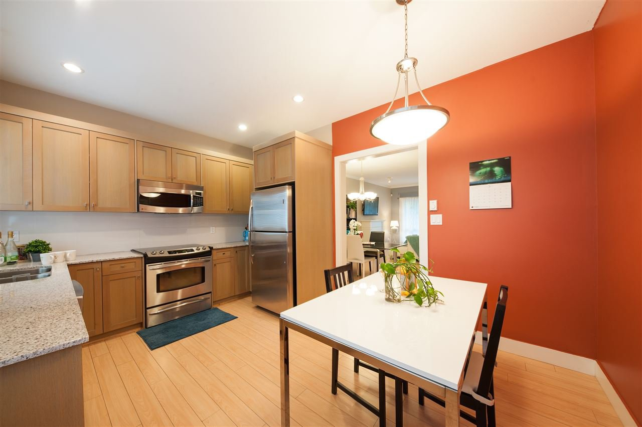 Photo 6: Photos: 5 2115 SPRING Street in Port Moody: Port Moody Centre Townhouse for sale : MLS®# R2370282