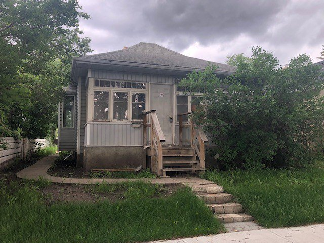 Main Photo: 12006 67 Street in Edmonton: Zone 06 House for sale : MLS®# E4164601