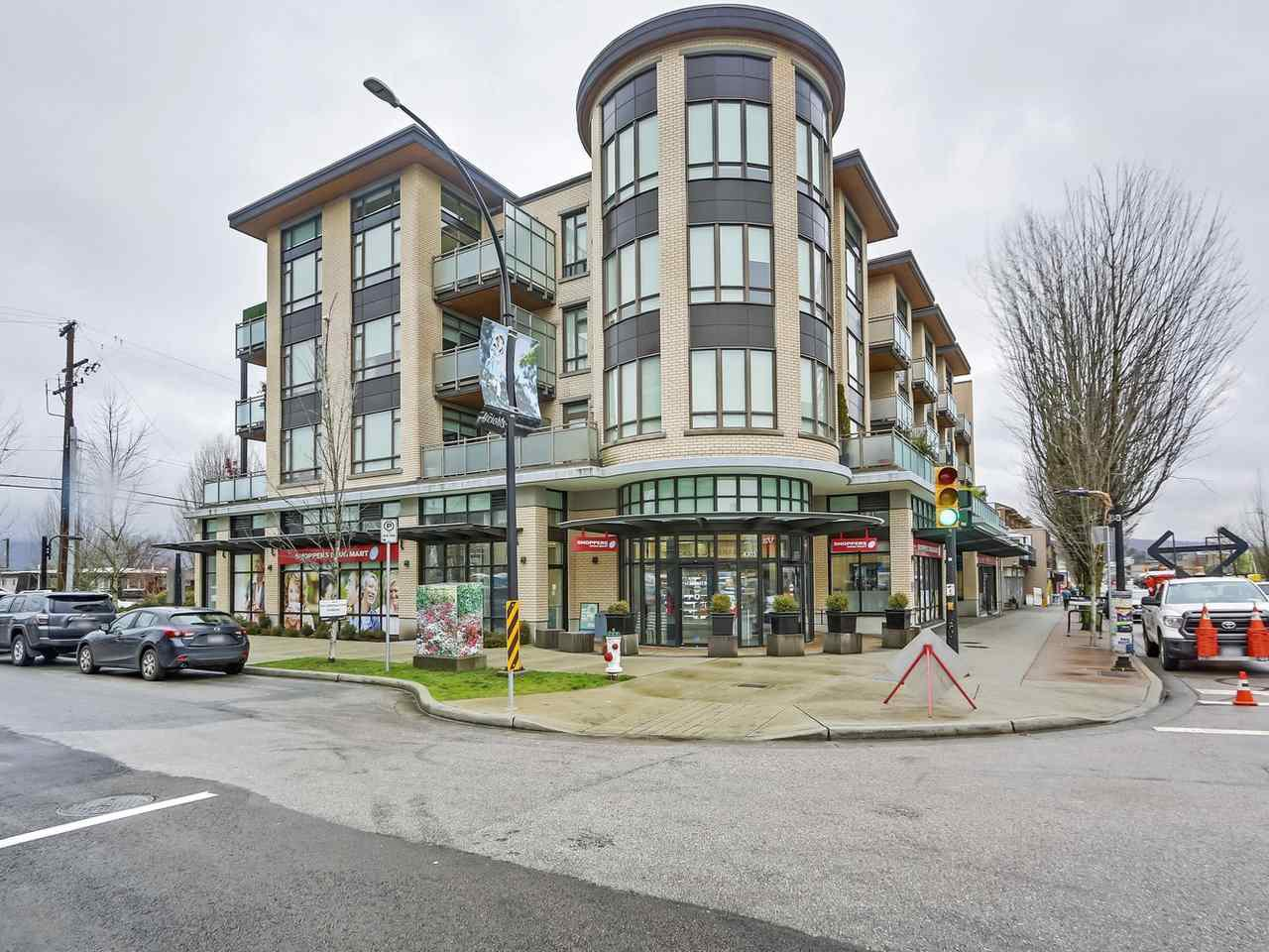 "Main Photo: 303 4307 HASTINGS Street in Burnaby: Vancouver Heights Condo for sale in ""MADISON"" (Burnaby North)  : MLS®# R2418061"
