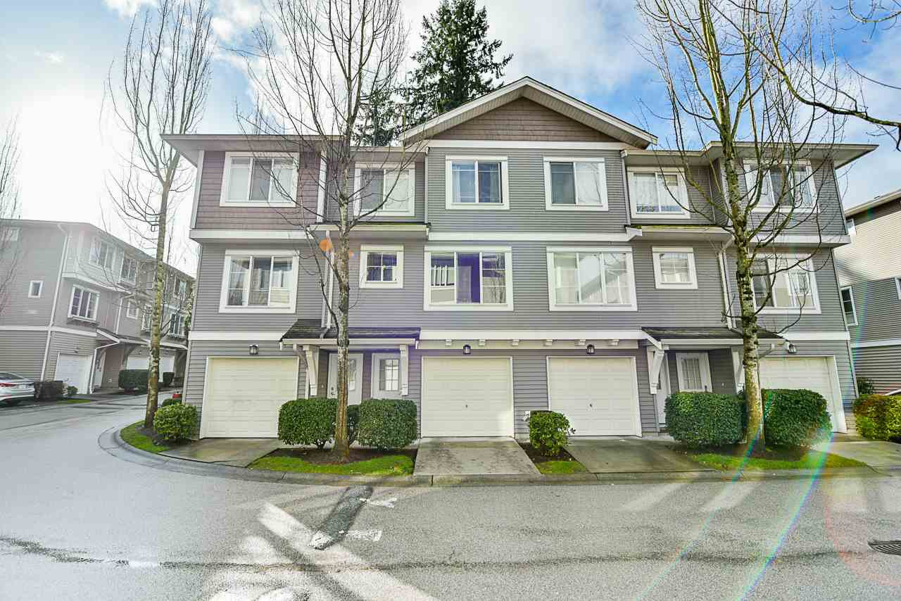 """Main Photo: 23 15155 62A Avenue in Surrey: Sullivan Station Townhouse for sale in """"Oaklands"""" : MLS®# R2442720"""