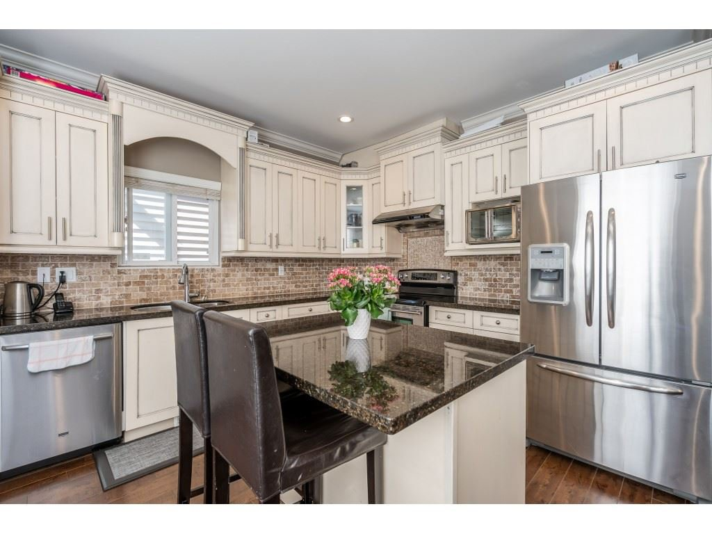 """Photo 8: Photos: 6945 196 Street in Surrey: Clayton House for sale in """"CLAYTON HEIGHTS"""" (Cloverdale)  : MLS®# R2469984"""