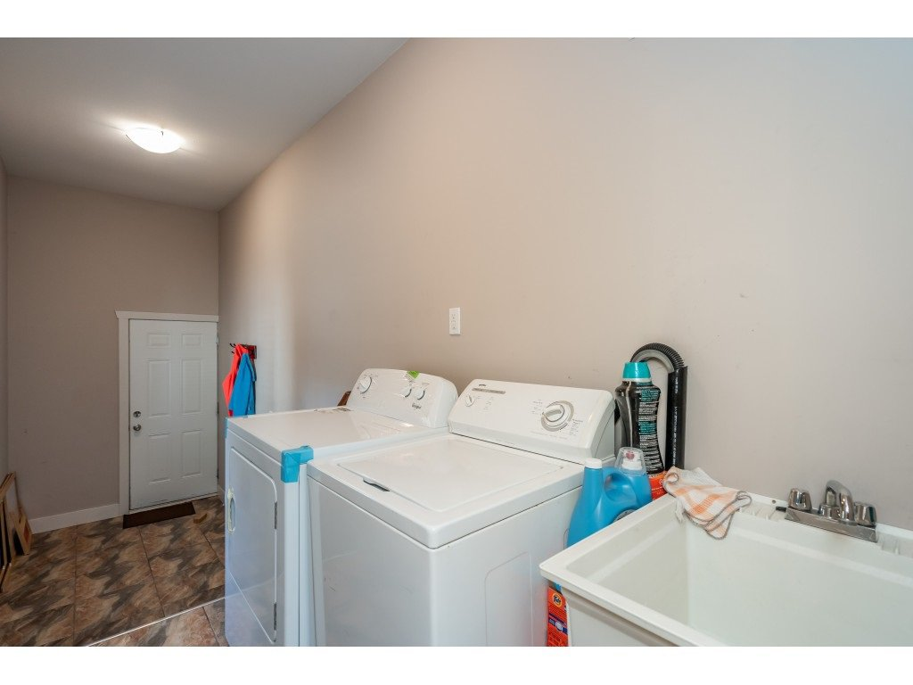 """Photo 22: Photos: 6945 196 Street in Surrey: Clayton House for sale in """"CLAYTON HEIGHTS"""" (Cloverdale)  : MLS®# R2469984"""