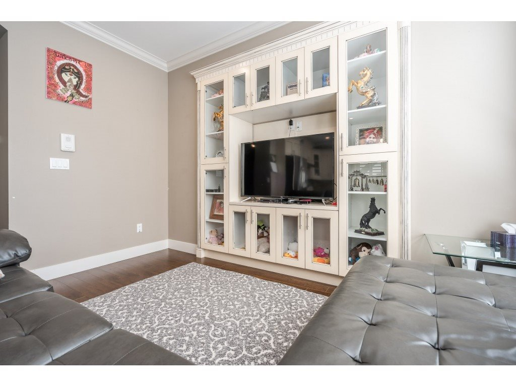 """Photo 13: Photos: 6945 196 Street in Surrey: Clayton House for sale in """"CLAYTON HEIGHTS"""" (Cloverdale)  : MLS®# R2469984"""