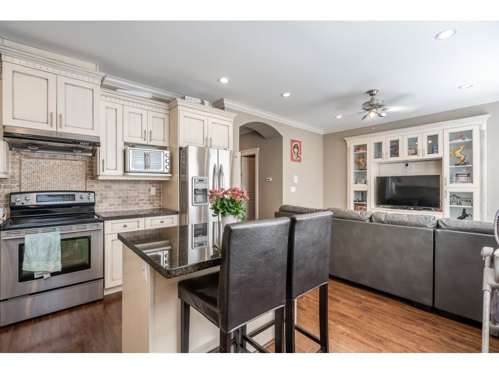 """Photo 12: Photos: 6945 196 Street in Surrey: Clayton House for sale in """"CLAYTON HEIGHTS"""" (Cloverdale)  : MLS®# R2469984"""