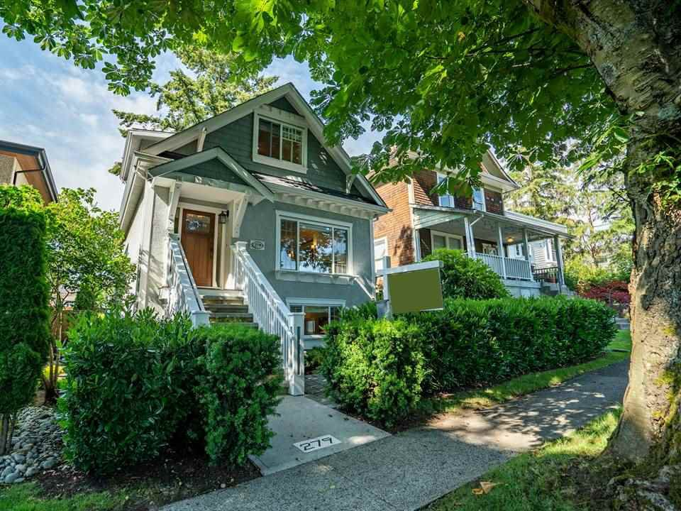 "Main Photo: 279 E 39TH Avenue in Vancouver: Main House for sale in ""Little Mountain - Main Street"" (Vancouver East)  : MLS®# R2473266"