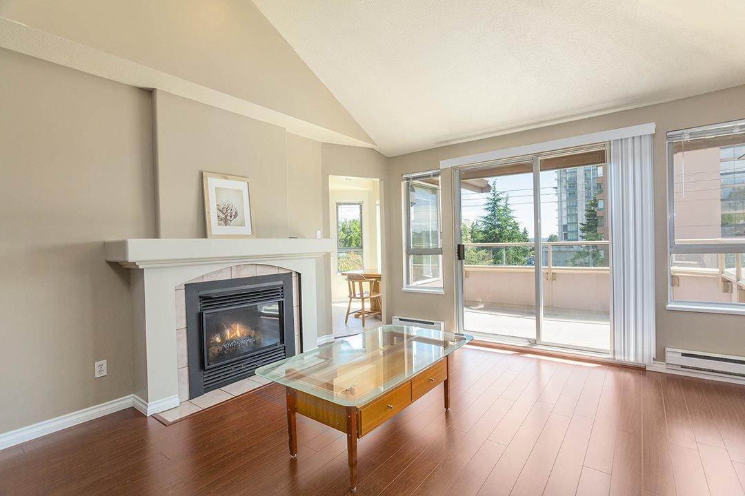 Main Photo: 403 525 AUSTIN Avenue in Coquitlam: Coquitlam West Condo for sale : MLS®# R2514602