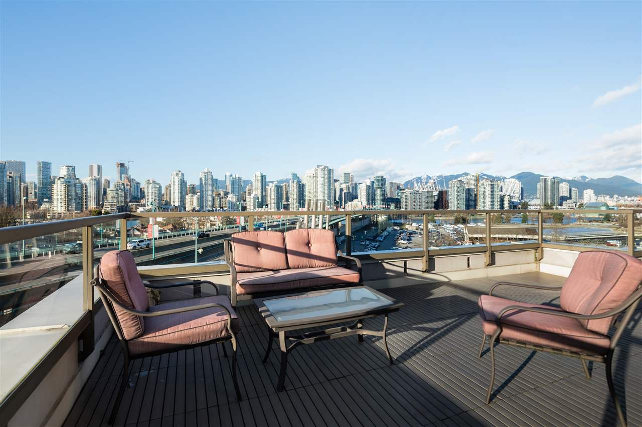 "Main Photo: 802 1919 WYLIE Street in Vancouver: False Creek Condo for sale in ""MAYNARDS BLOCK - OLYMPIC VILLAGE"" (Vancouver West)  : MLS®# R2527997"