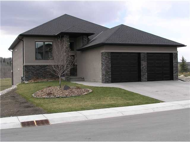 Main Photo: 51 WEST POINTE Manor: Cochrane Residential Detached Single Family for sale : MLS®# C3473623