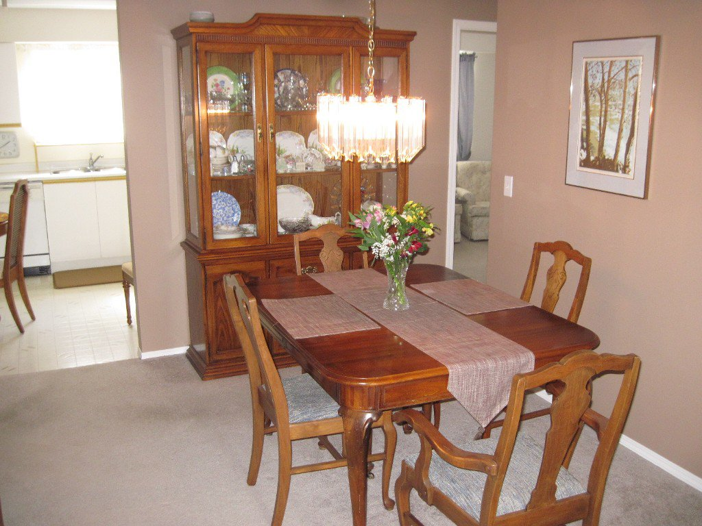 Photo 4: Photos: 104 1185 Hugh Allan Drive in Kamloops: Aberdeen Multifamily for sale : MLS®# 115248
