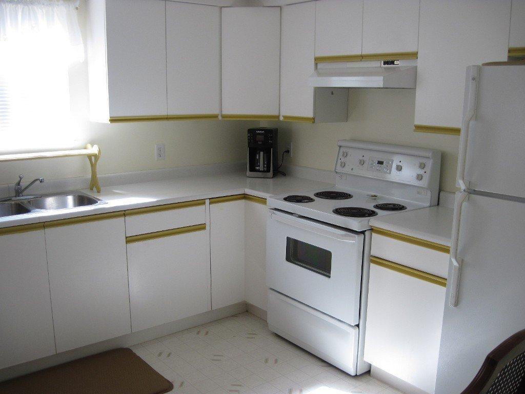 Photo 5: Photos: 104 1185 Hugh Allan Drive in Kamloops: Aberdeen Multifamily for sale : MLS®# 115248