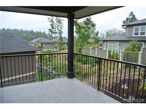 Photo 15: Photos: 3637 Coleman Place in VICTORIA: Co Latoria Residential for sale (Colwood)  : MLS®# 325291