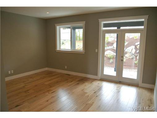 Photo 17: Photos: 3637 Coleman Place in VICTORIA: Co Latoria Residential for sale (Colwood)  : MLS®# 325291