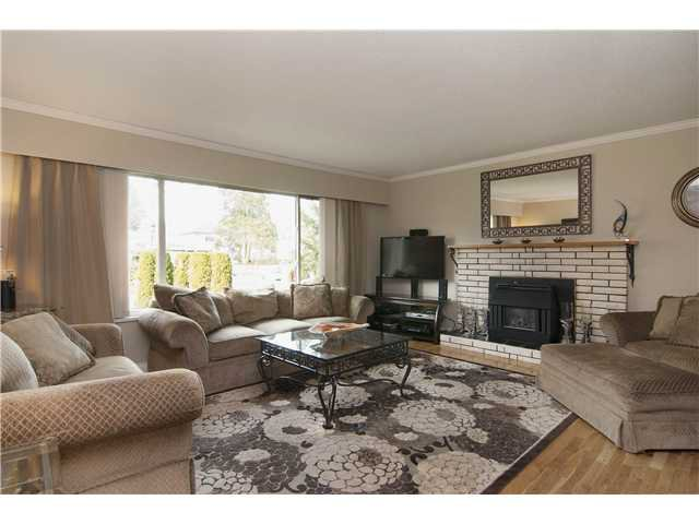 Main Photo: 14763 110A AV in Surrey: Bolivar Heights House for sale (North Surrey)  : MLS®# F1402342