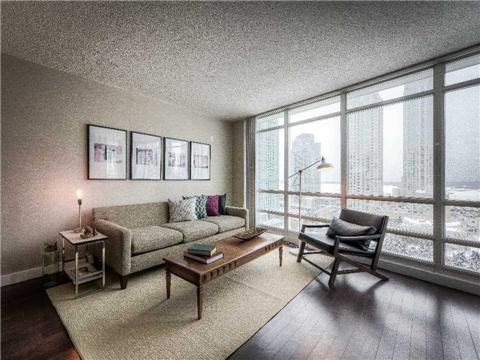 Main Photo: 7 397 W Front Street in Toronto: Waterfront Communities C1 Condo for sale (Toronto C01)  : MLS®# C3114140