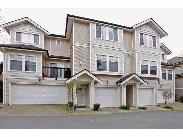 "Main Photo: 41 21535 88 Avenue in Langley: Walnut Grove Townhouse for sale in ""Redwood Lane"" : MLS®# F1436520"