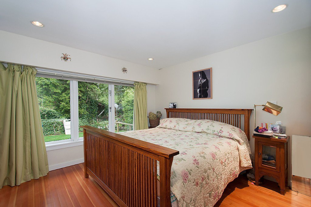 "Photo 13: Photos: 1832 ACADIA Road in Vancouver: University VW House for sale in ""University"" (Vancouver West)  : MLS®# V1119291"