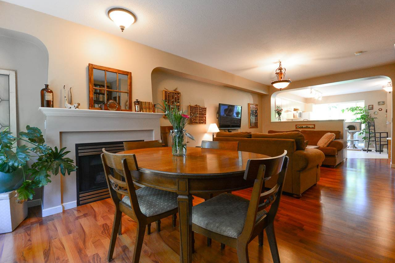 """Photo 5: Photos: 62 12778 66 Avenue in Surrey: West Newton Townhouse for sale in """"HATHAWAY VILLAGE"""" : MLS®# R2088372"""