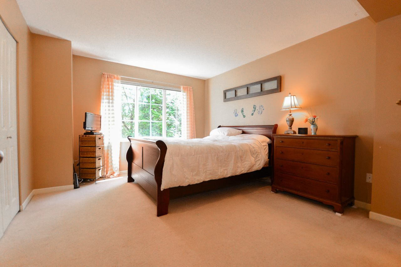 """Photo 6: Photos: 62 12778 66 Avenue in Surrey: West Newton Townhouse for sale in """"HATHAWAY VILLAGE"""" : MLS®# R2088372"""
