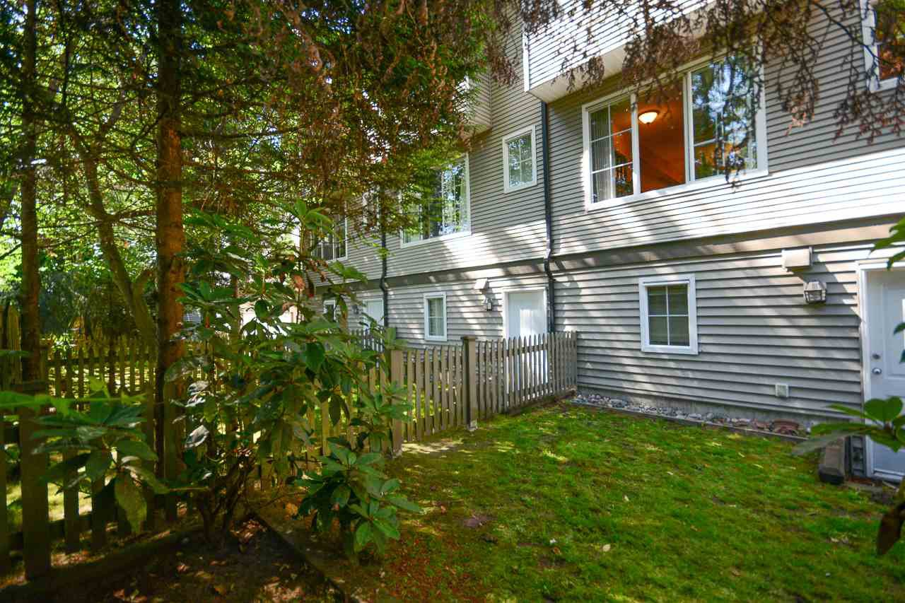 """Photo 11: Photos: 62 12778 66 Avenue in Surrey: West Newton Townhouse for sale in """"HATHAWAY VILLAGE"""" : MLS®# R2088372"""