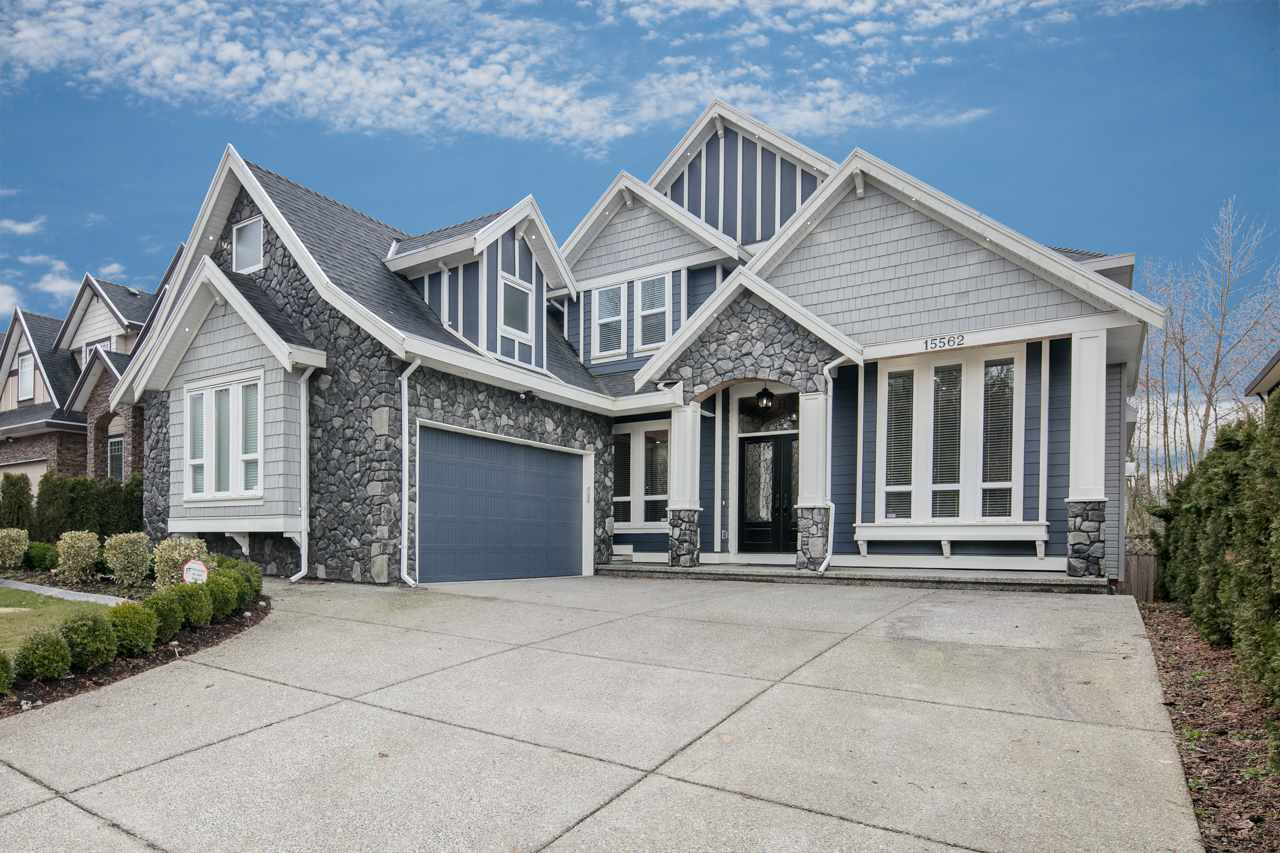 """Main Photo: 15562 76A Avenue in Surrey: Fleetwood Tynehead House for sale in """"FLEETWOOD"""" : MLS®# R2141867"""