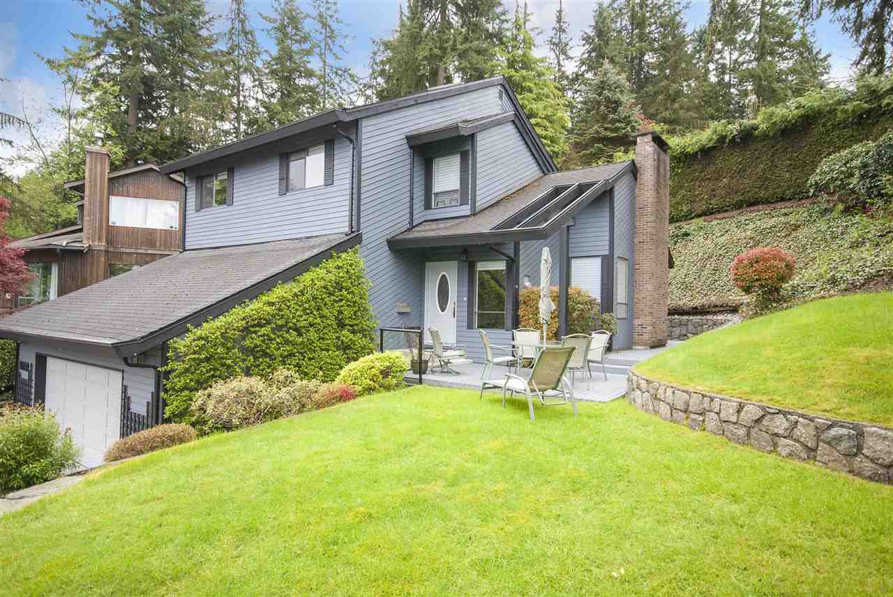 """Main Photo: 1088 CORONA Crescent in Coquitlam: Chineside House for sale in """"CHINESIDE"""" : MLS®# R2169242"""