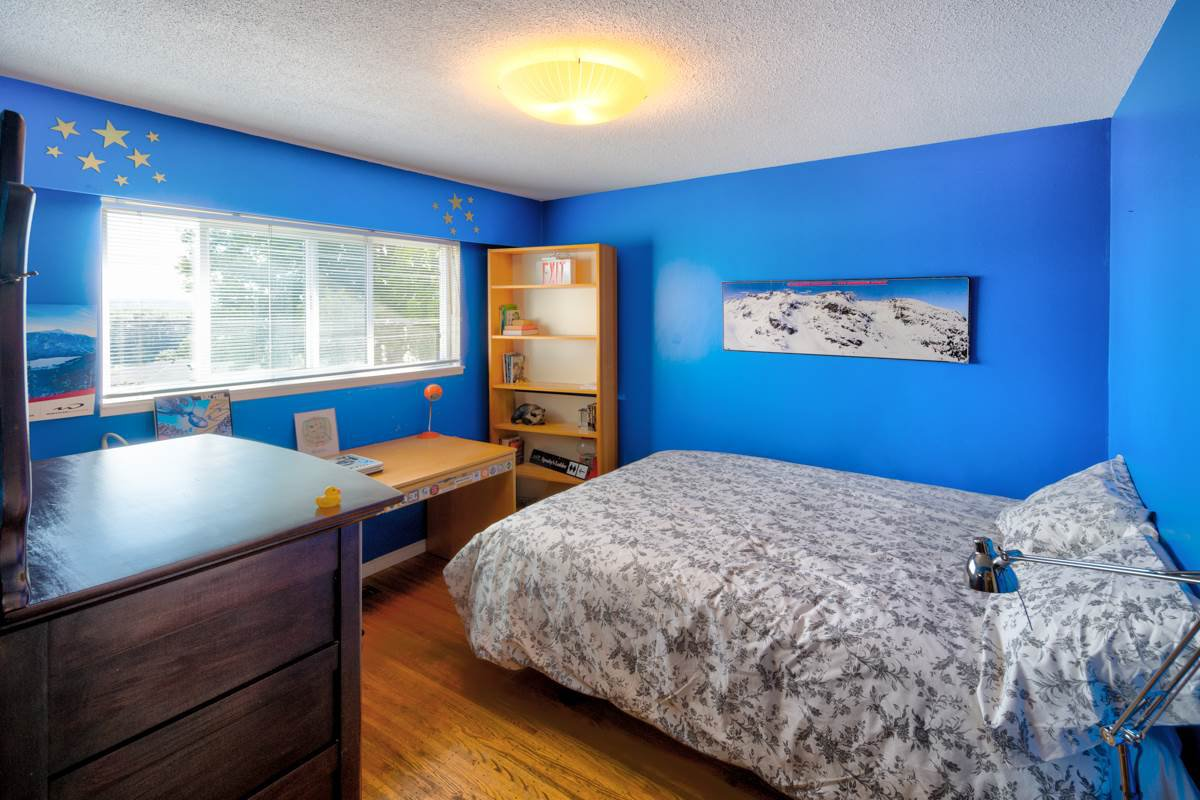 "Photo 24: Photos: 1515 NANAIMO Street in New Westminster: West End NW House for sale in ""WEST END"" : MLS®# R2208006"