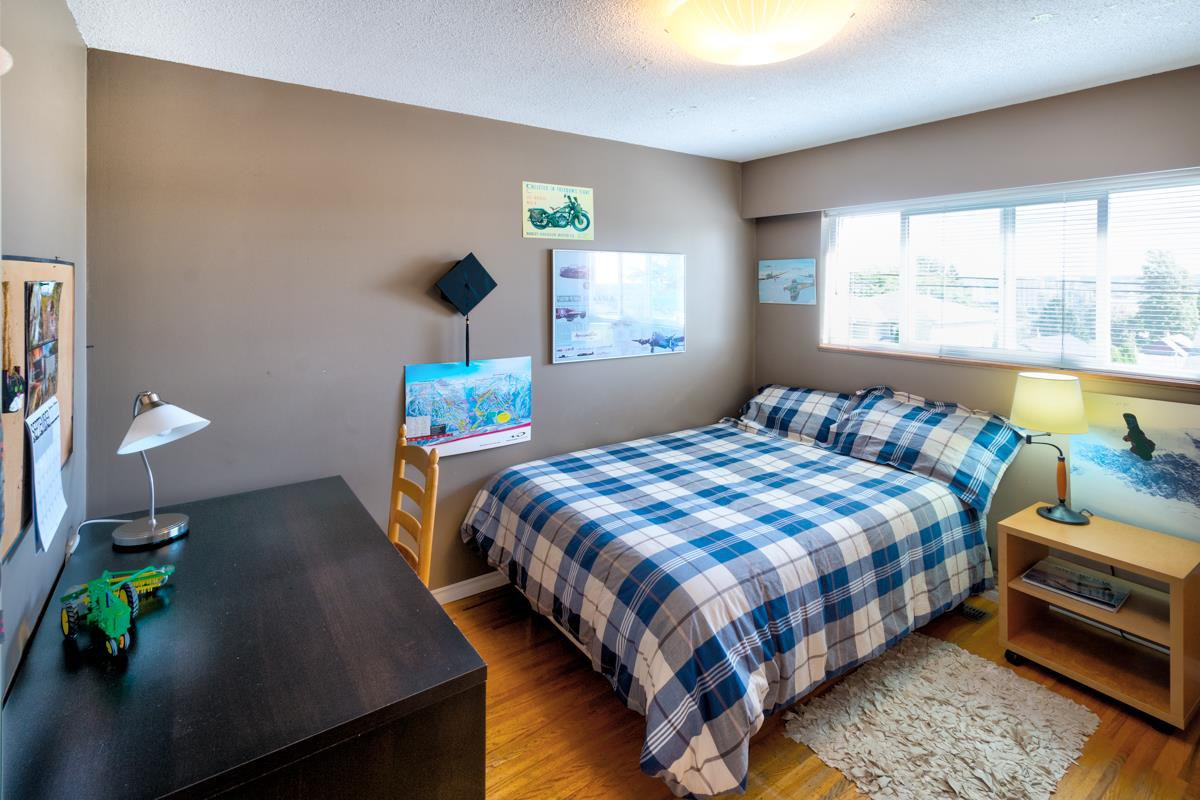 "Photo 26: Photos: 1515 NANAIMO Street in New Westminster: West End NW House for sale in ""WEST END"" : MLS®# R2208006"