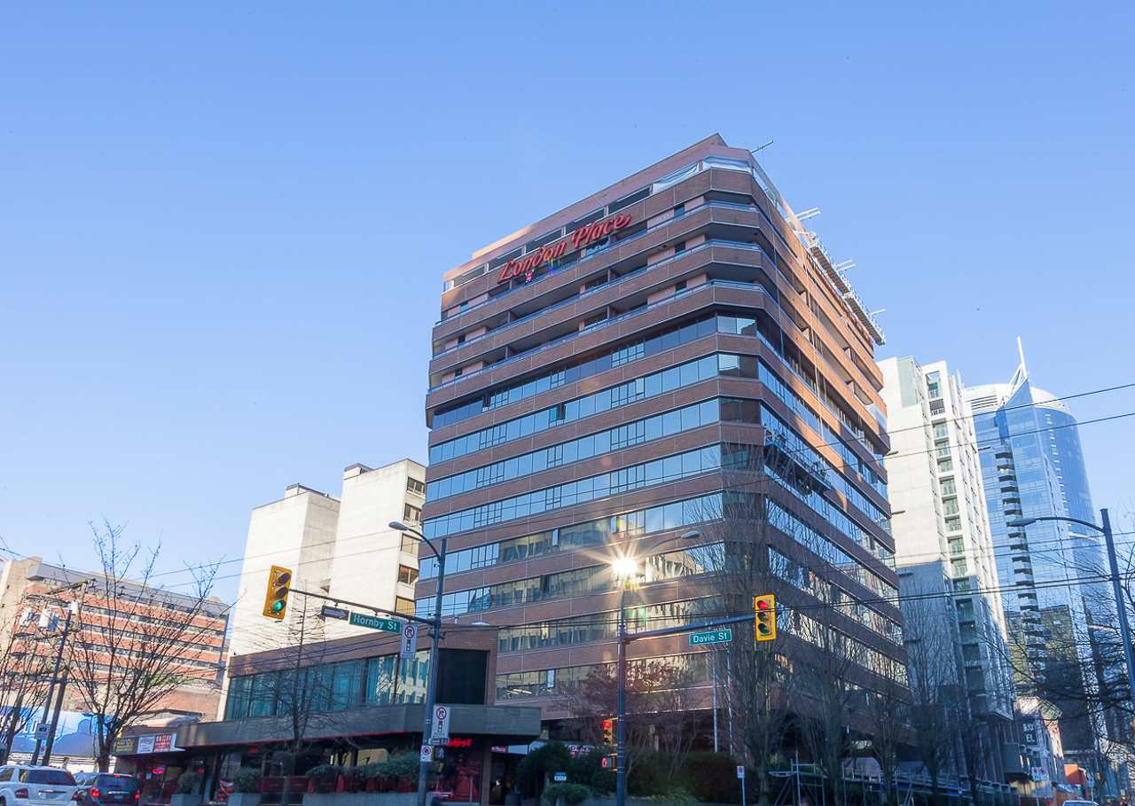 "Main Photo: 302 1177 HORNBY Street in Vancouver: Downtown VW Condo for sale in ""LONDON PLACE"" (Vancouver West)  : MLS®# R2237119"