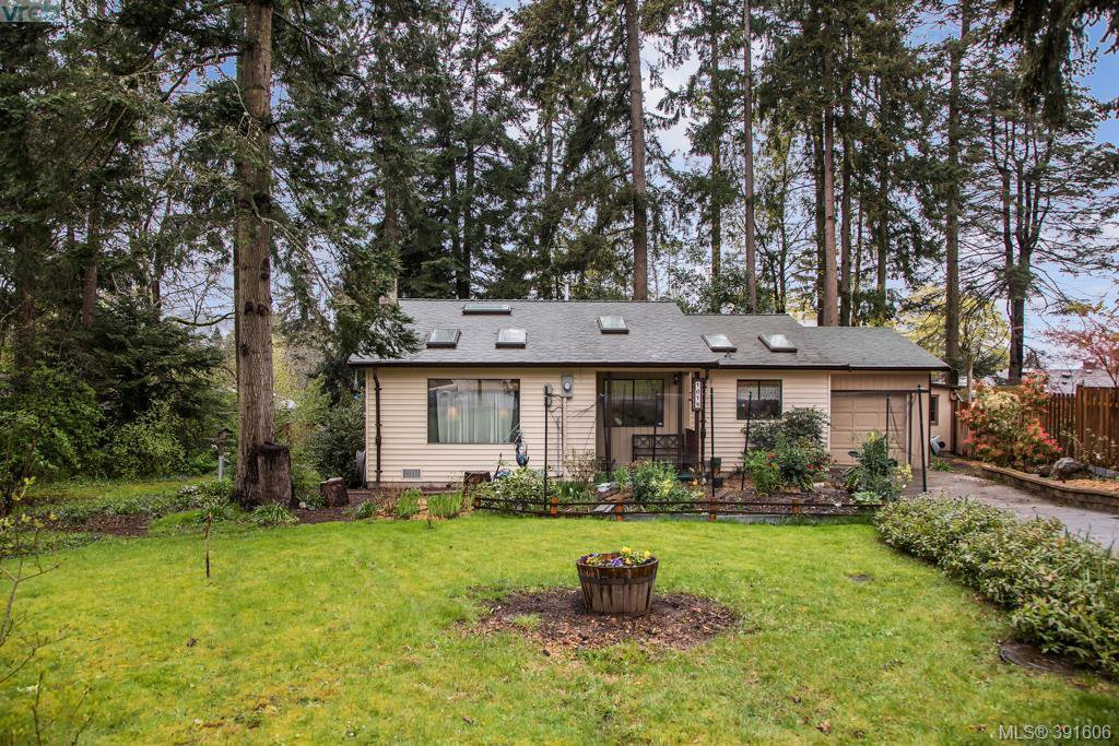 Main Photo: 1019 Parkway Dr in BRENTWOOD BAY: CS Brentwood Bay House for sale (Central Saanich)  : MLS®# 787211