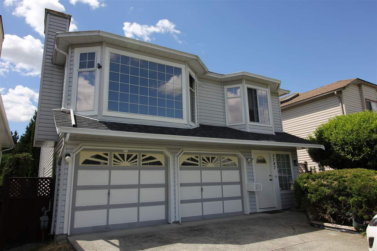 Main Photo: 3747 ULSTER Street in Port Coquitlam: Oxford Heights House for sale : MLS®# R2273900