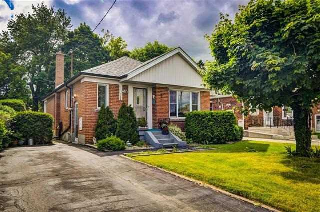 Main Photo: 1236 Warden Avenue in Toronto: Wexford-Maryvale House (Bungalow) for sale (Toronto E04)  : MLS®# E4154840