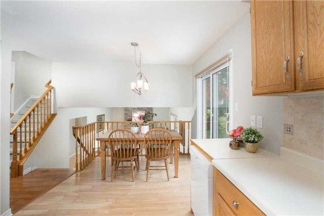 Photo 5: Photos: 73 Park Avenue in East Gwillimbury: Holland Landing House (Sidesplit 5) for sale : MLS®# N4206651