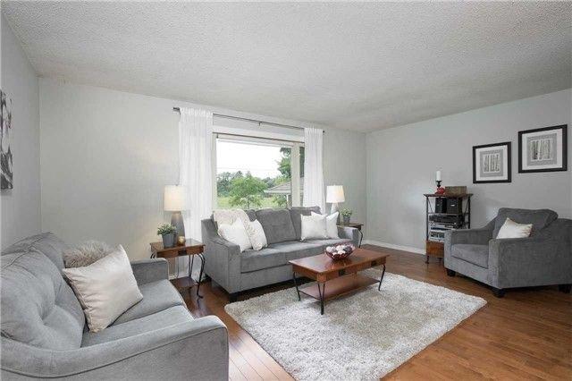 Photo 6: Photos: 73 Park Avenue in East Gwillimbury: Holland Landing House (Sidesplit 5) for sale : MLS®# N4206651