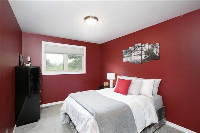 Photo 13: Photos: 73 Park Avenue in East Gwillimbury: Holland Landing House (Sidesplit 5) for sale : MLS®# N4206651