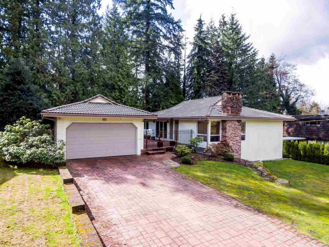 Main Photo:  in Coquitlam: Harbour Place House for sale : MLS®# R2346914
