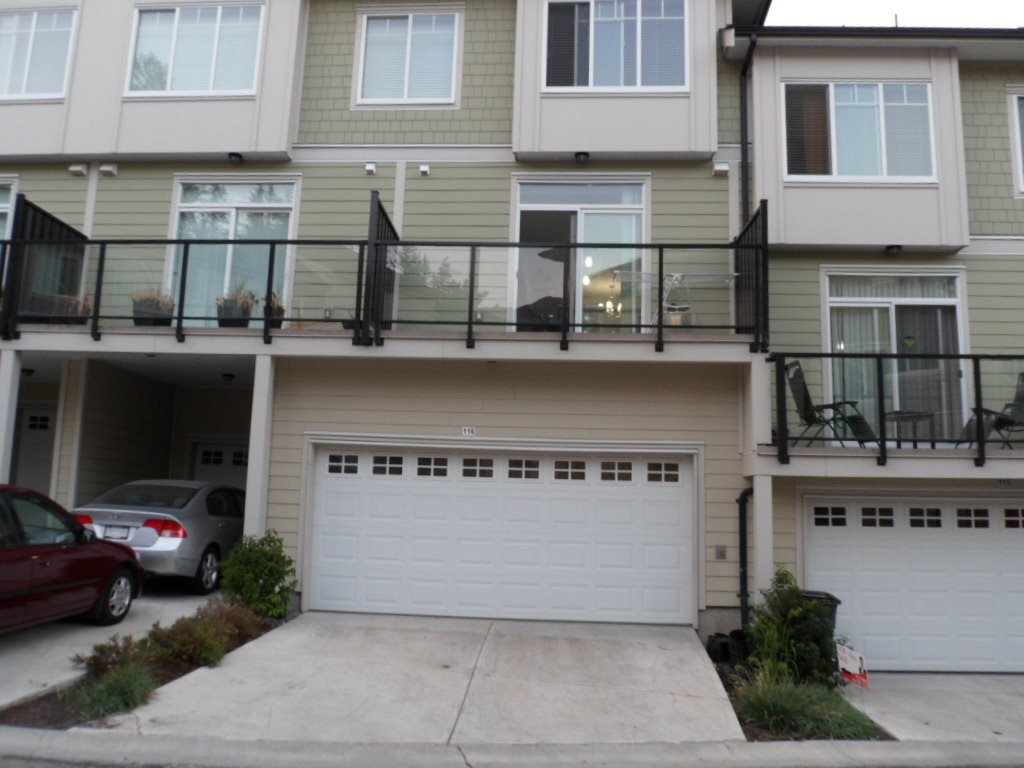 Main Photo: 116 13670 62 Avenue in Surrey: Sullivan Station Townhouse for sale : MLS®# R2377421