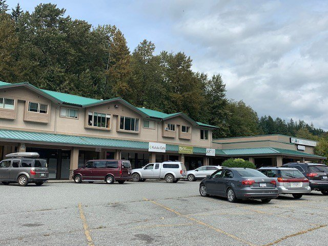 Main Photo: 38213 WESTWAY Avenue in Squamish: Valleycliffe Office for lease : MLS®# C8027634